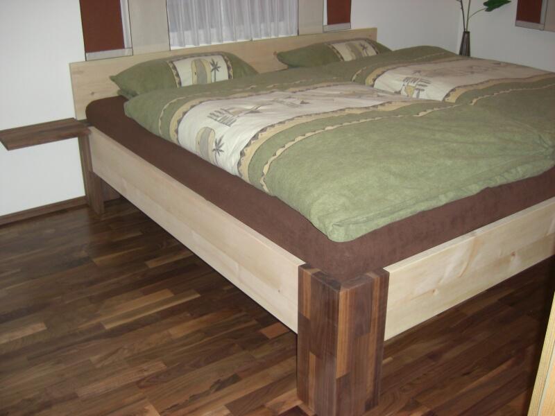 Schmidschreiner: Schlafzimmer Schlafzimmer Nussbaum